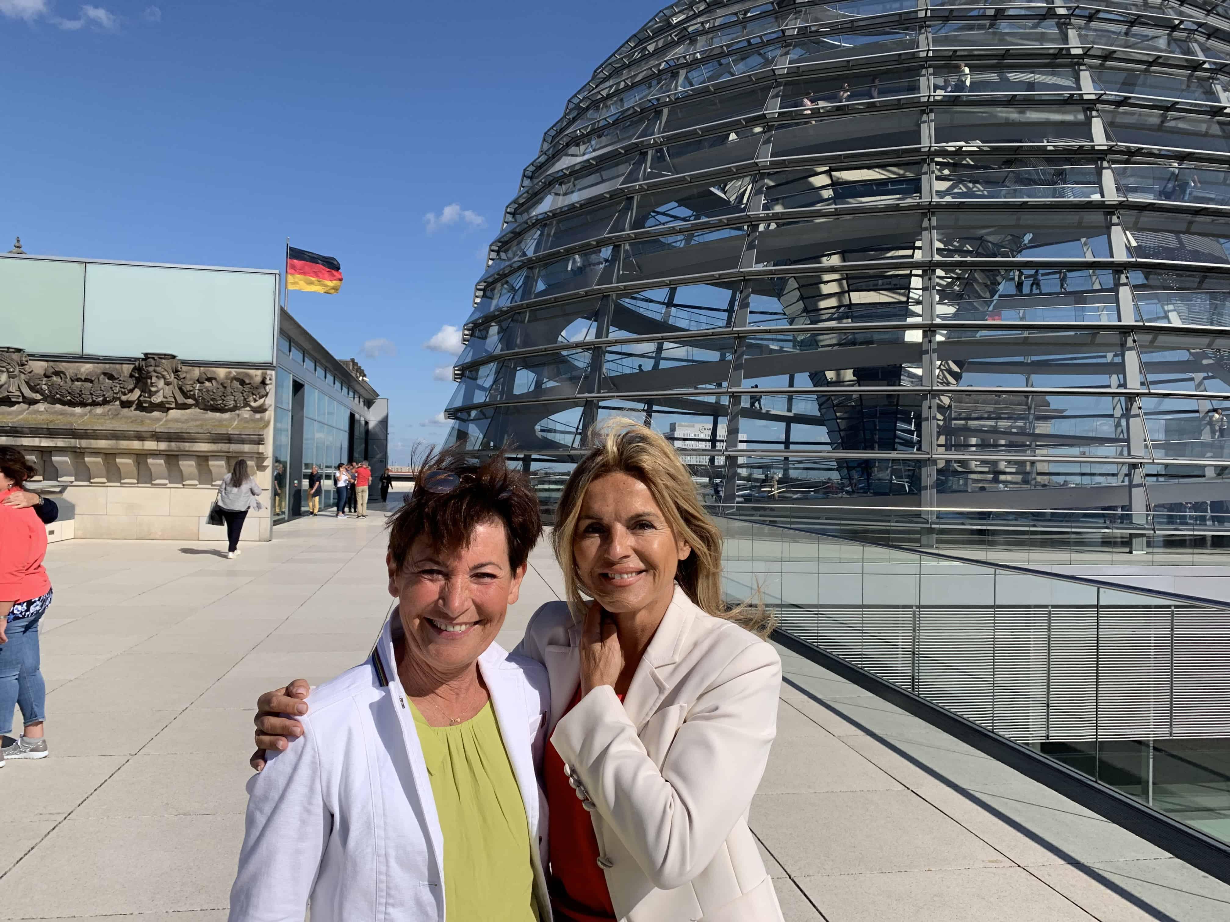 Besuch im Bundestag mit Besichtigung des Plenarsaals